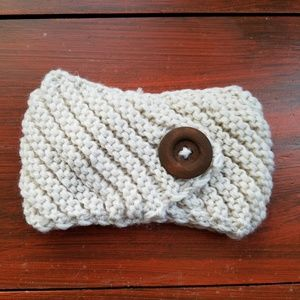 Accessories - NWT Knit Button Headwrap Headband